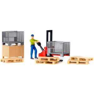Механический складской погрузчик со складскими аксессуарами и фигуркой Bruder