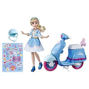 Игровой набор с куклой Disney Princess Comfy Squad Золушка на скутере Hasbro. Цвет: синий/белый
