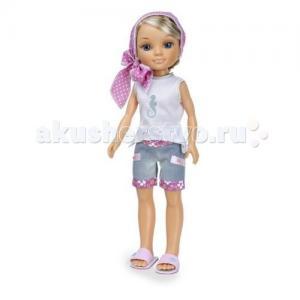 Кукла Нэнси на отдыхе Русая в розовом платочке Famosa