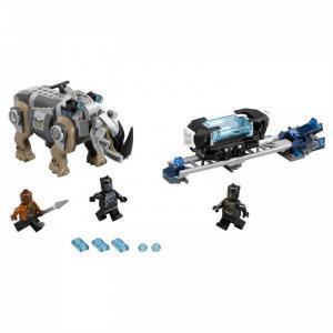 Конструктор  Super Heroes Поединок с Носорогом Lego